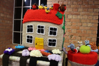 Knitted cottages from Derby Makers