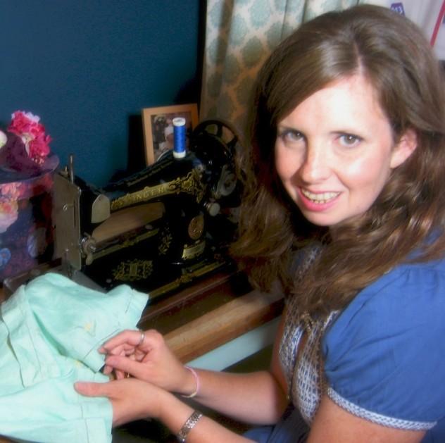 Samantha Schofield at work 1408